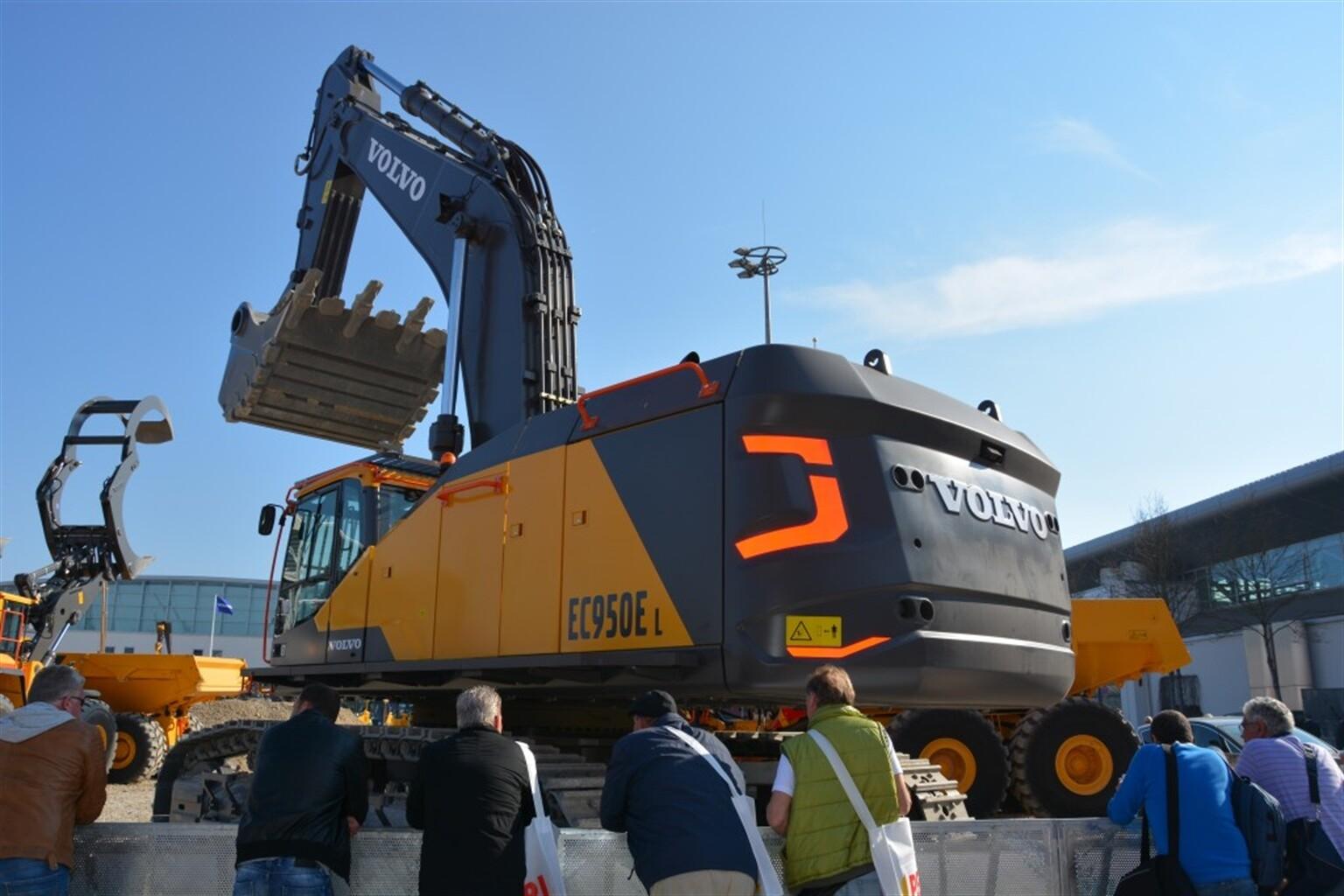 Volvo S Biggest Excavator Ever