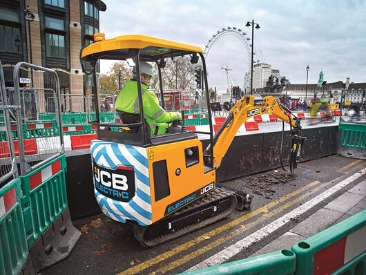 JCB Goes Electric