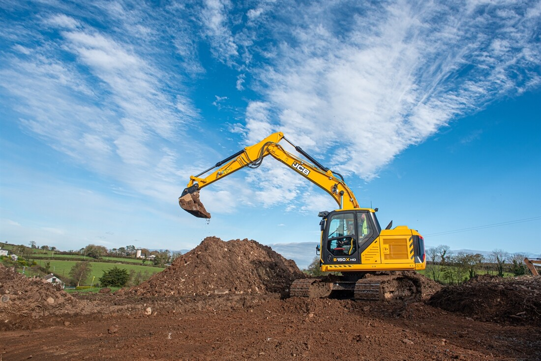 "Operator Hails JCB 150X as the ""Best Machine in  Over 40 Years"""