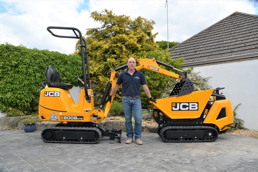 First Deal Secured as JCB Launches Online Machine Sales