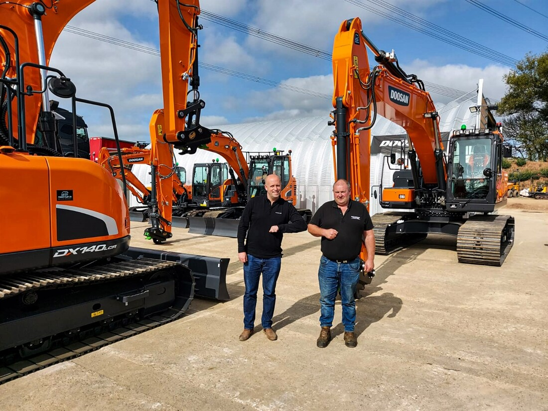 Six new Doosan diggers for DCV Engineering