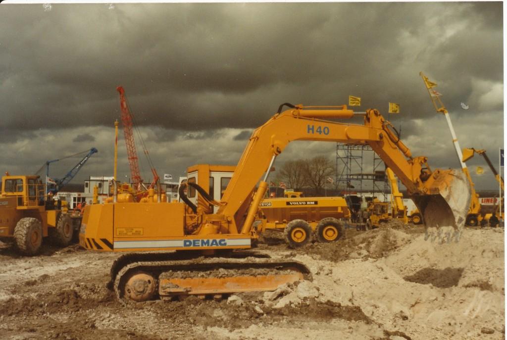 demag macchine Demo-ground1-1024x687