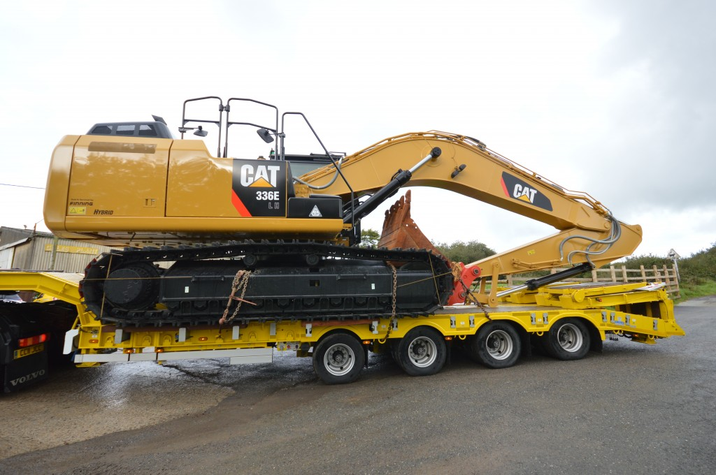 Cat S Hybrid Excavator Hits The West Country