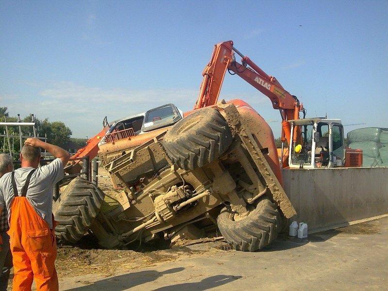 Duck Dilemmas When Wheeled Excavator Work Goes Wrong