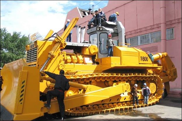 Biggest Dozer Cat Makes