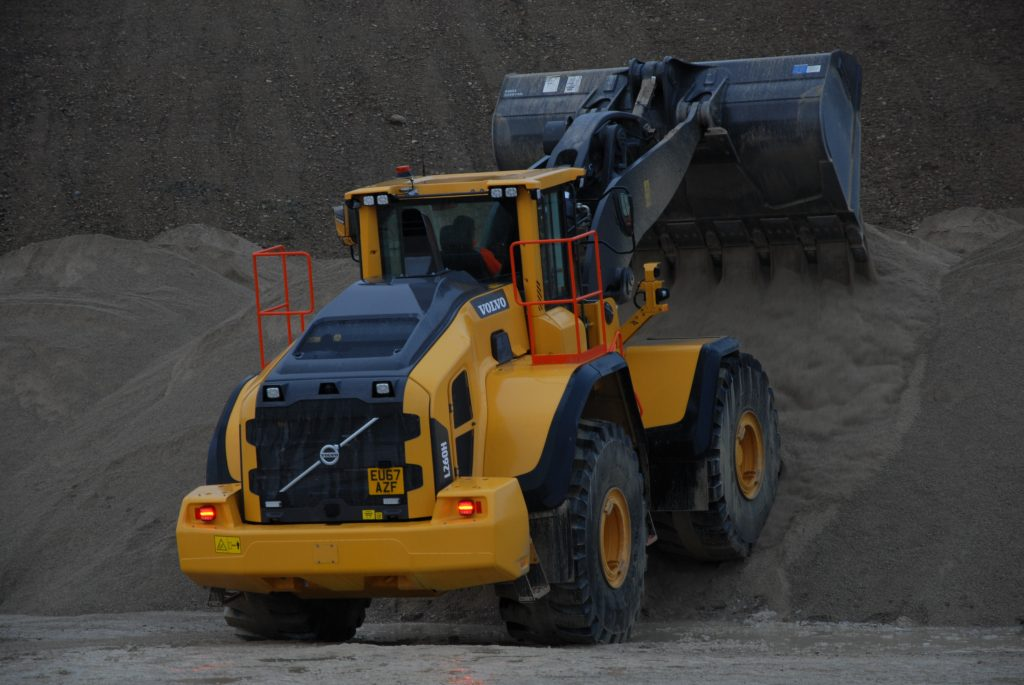 First Volvo L260H goes to Lightwater Quarries Ltd