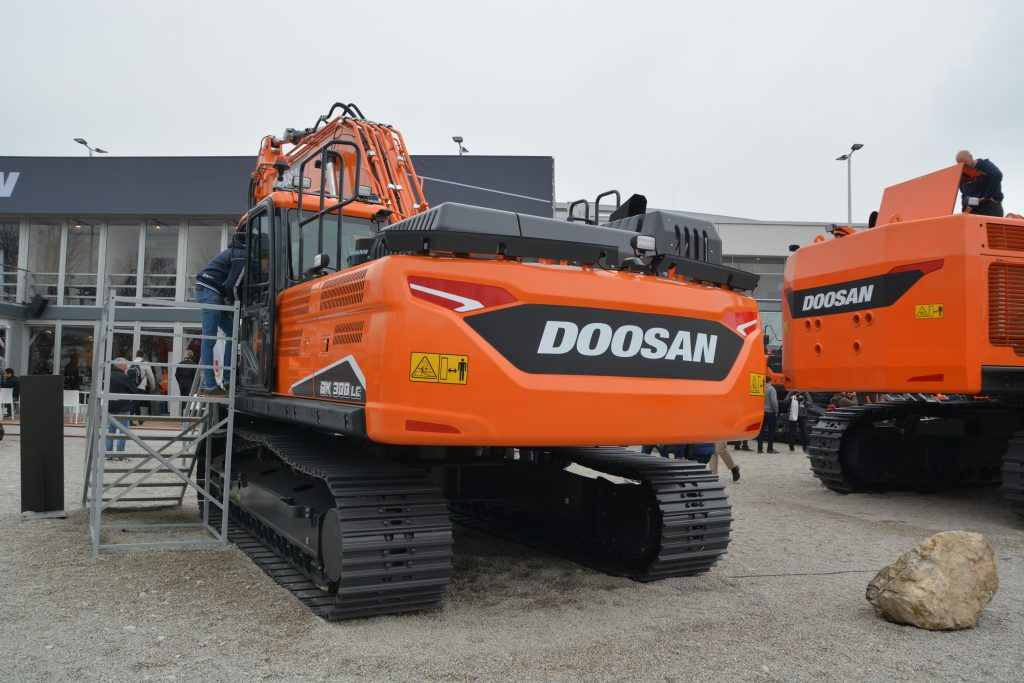 Doosan Rings the Changes with the DX300LC-7 Stage V Excavator